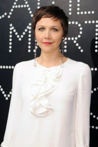 maggie-gyllenhaal_glamour_1may13_getty_b_0
