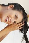 Как вернуть здоровье волосам с помощью репейного масла?
