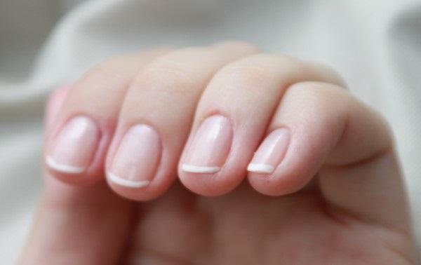 лак для коротких ногтей