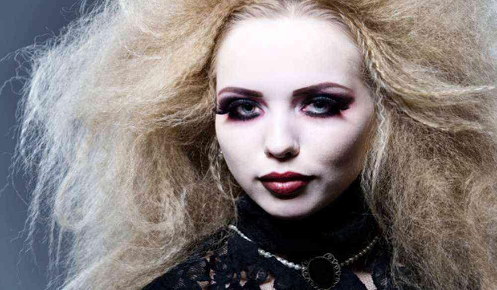 прически на хэллоуин ведьма